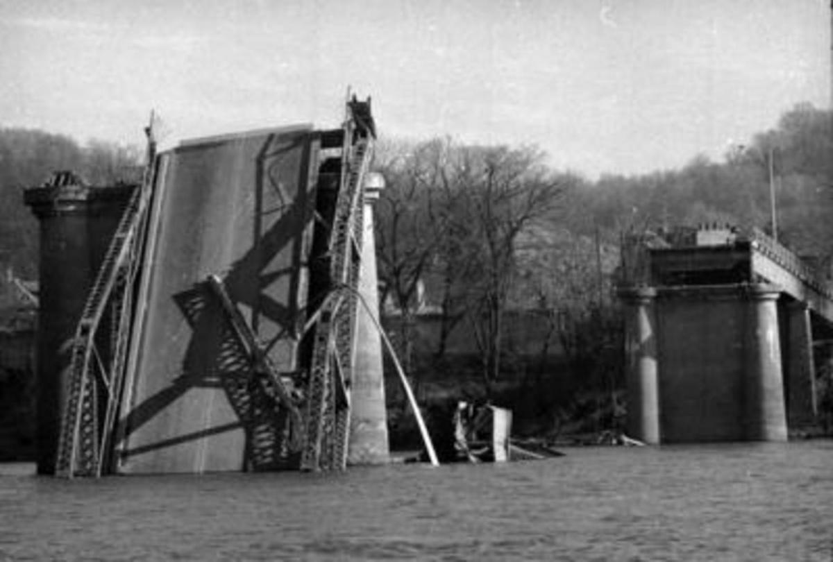 Gallery: Historical photos of the 1967 collapse of the