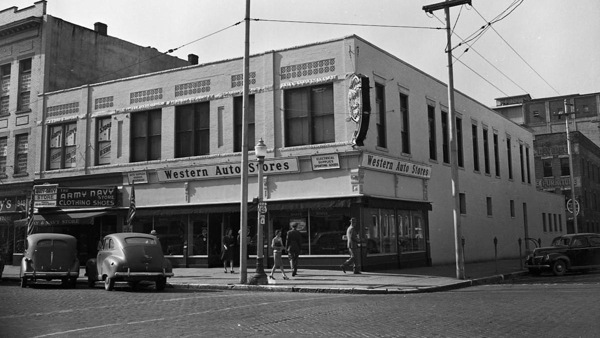 Lost Huntington: Western Auto Store