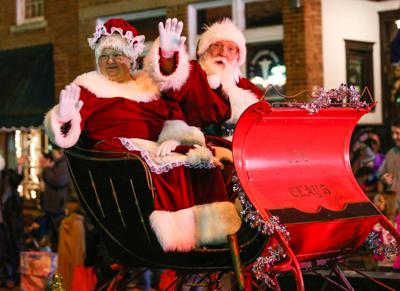 Barboursville welcomes season with Christmas parade | News