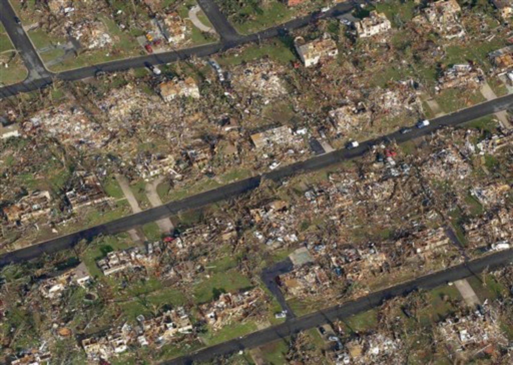Gallery Tornado damage in Joplin Mo