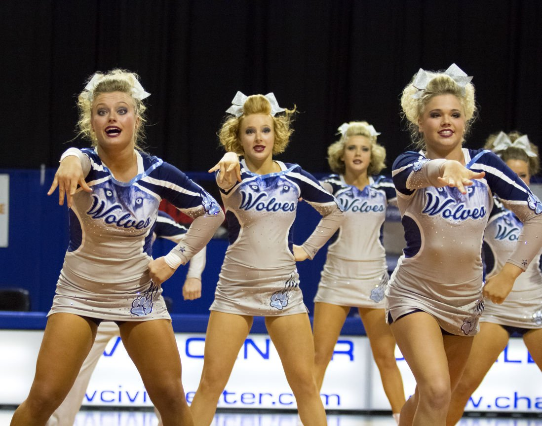 photos tri state cheerleaders compete in wvssac state cheer