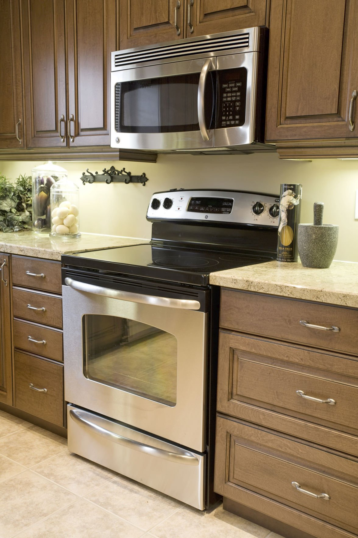 Appliances Counters Benefit From Deep Clean After