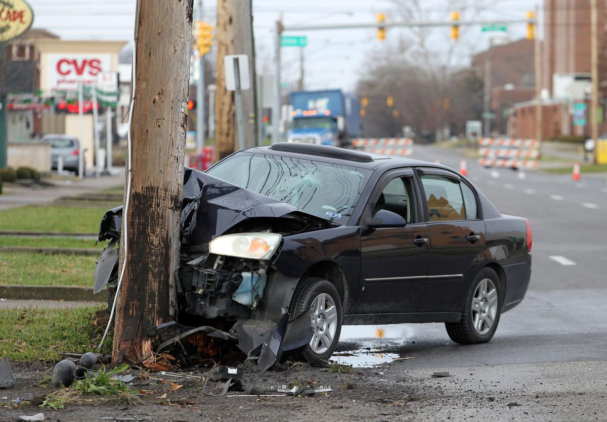 vehicle crash temporarily knocks out power for many news herald