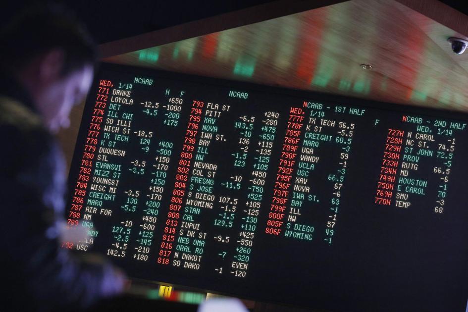 Live at 9: Sports gambling, Pick Awards & the Mid-SouthFair