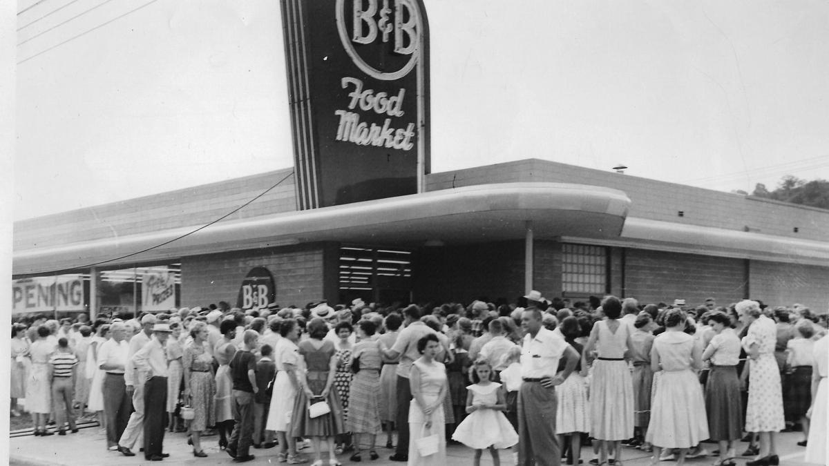 Lost Huntington: B&B Food Market