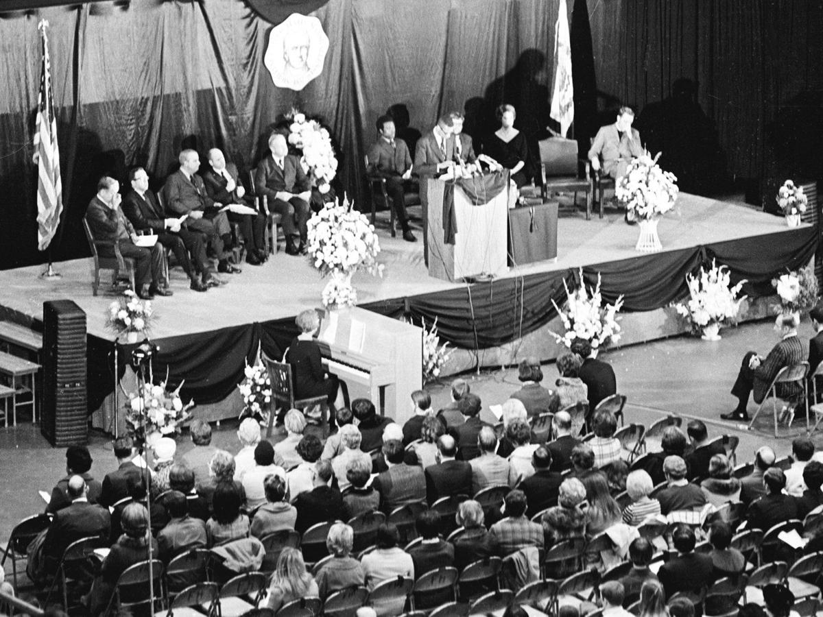 Gallery: 1970 memorial services for the plane crash victims