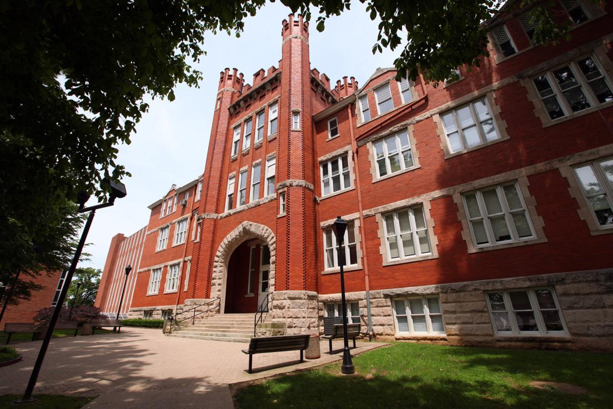 Marshall University releases fall 2016 dean's list