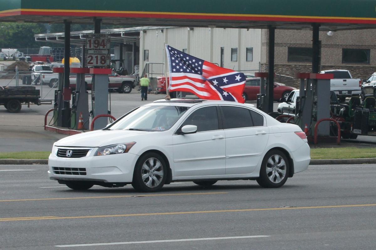 Confederate/US combo flag