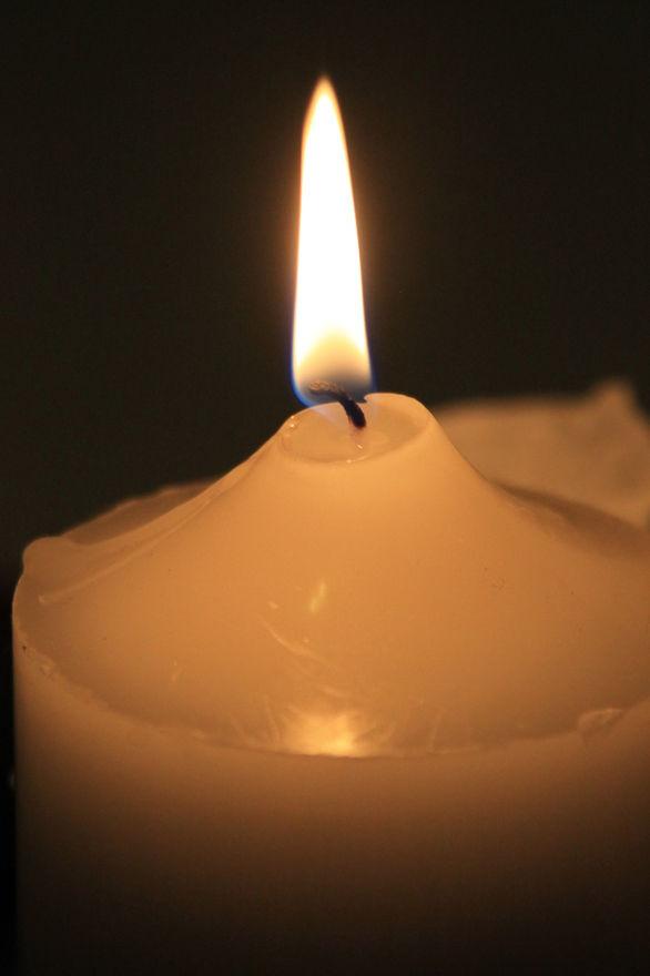 candle closeup.jpg