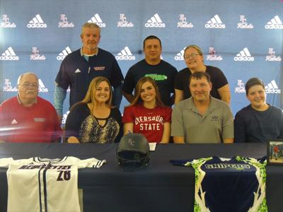 Shelby Terry signing
