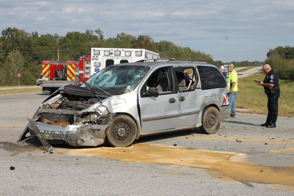 Highway 16-64 minivan image