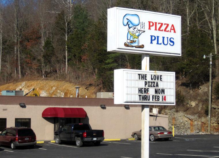 BHC 021513 Pizza Plus Murders 01.jpg
