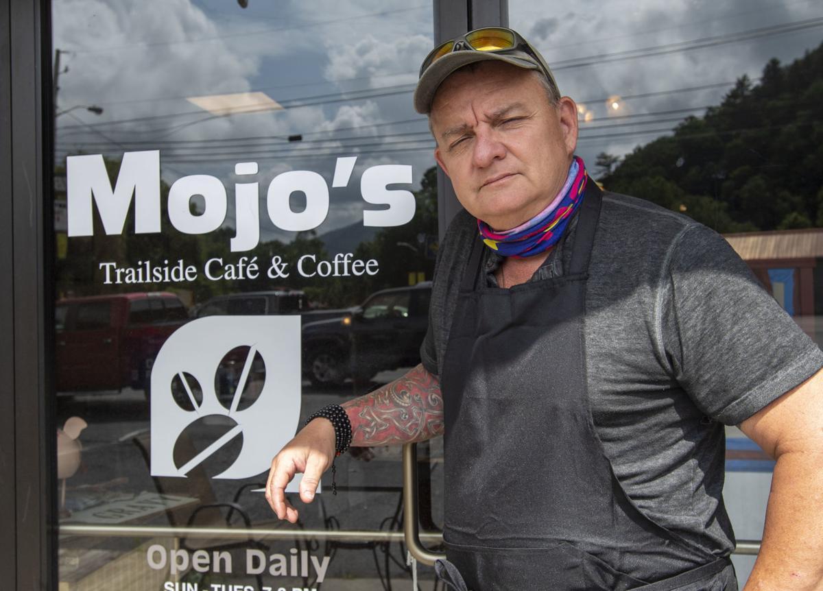 BHC 07062020 David Calvert Mojo's Cafe 01