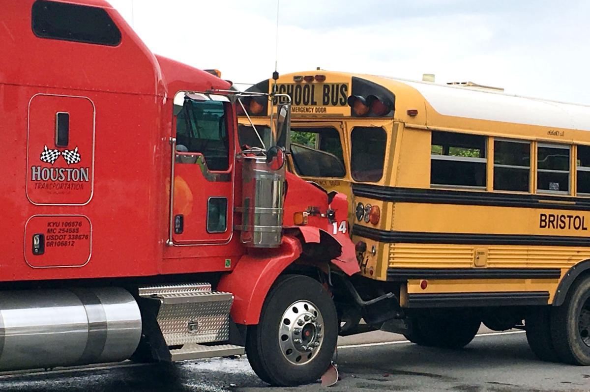 7 Students Injured Sarasota County School Bus Crash