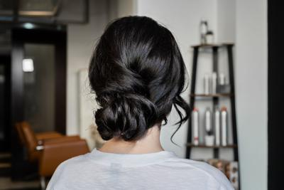 Bridal party boutique: 3 simply elegant DIY hairstyles for bridesmaids
