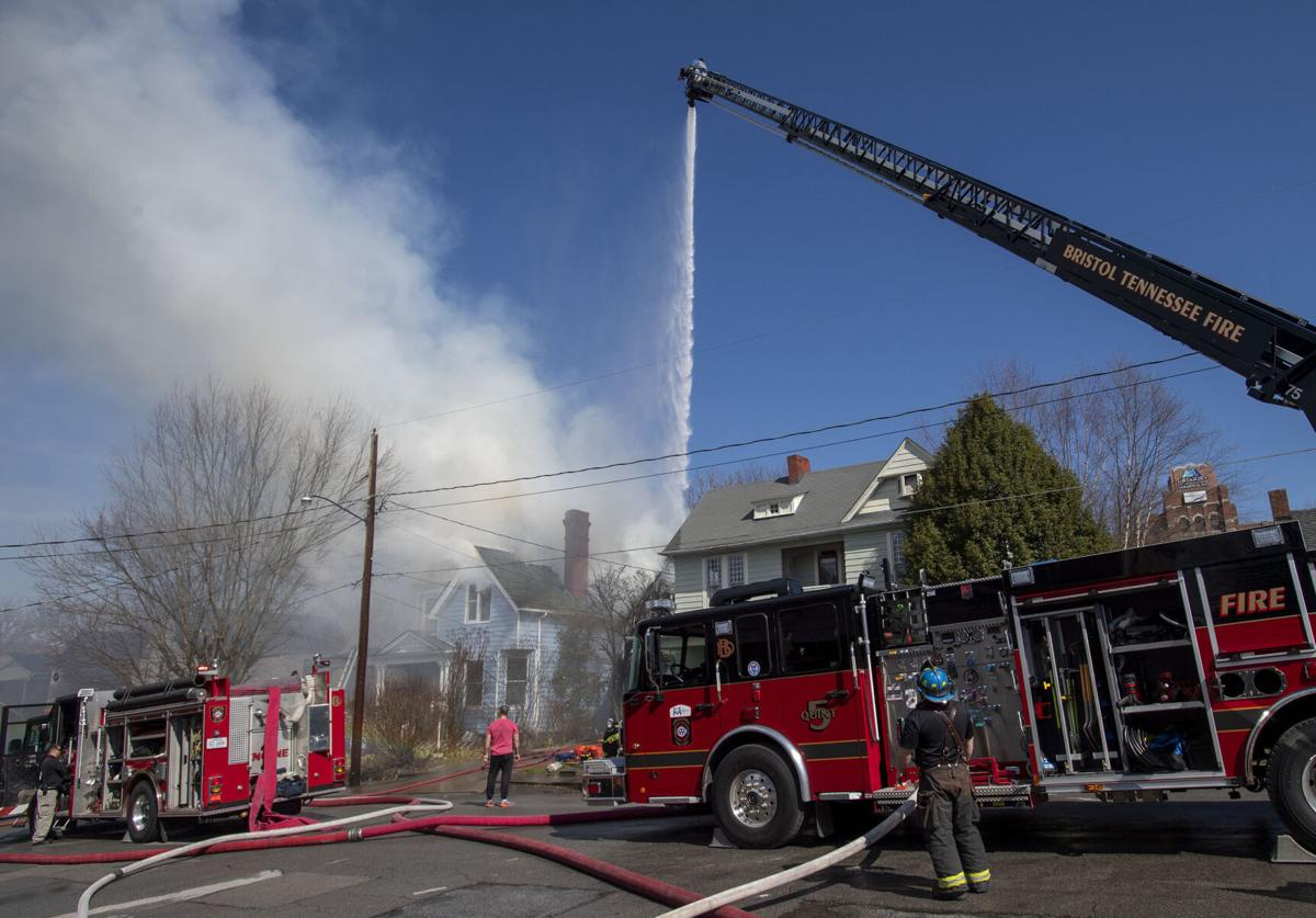 Bristol TN House Fire 01