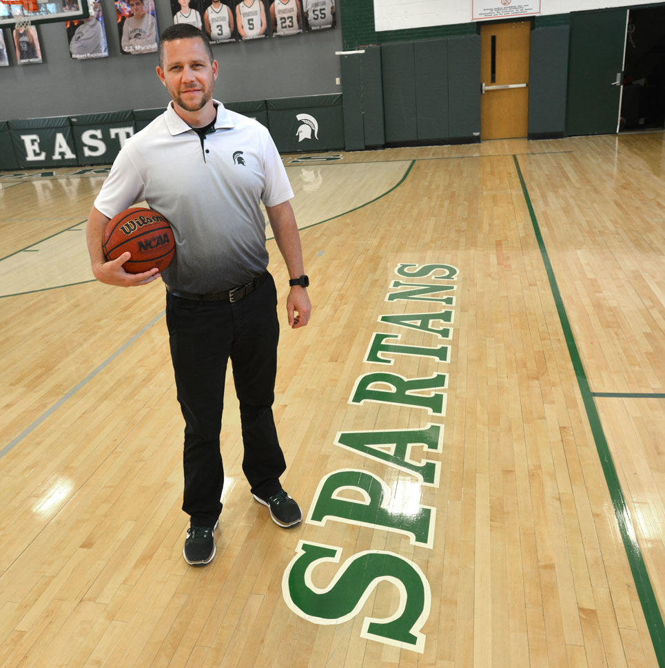 Warriors Path State Park Basketball Court: BOYS BASKETBALL COACH OF THE YEAR: Family, Hoops Go Hand