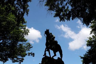 """Statue of Thomas """"Stonewall"""" Jackson"""
