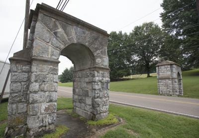 BHC 07122019 Blountville Highway Arches
