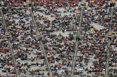 Ticket sellout streak rolls to an end at Bristol Motor Speedway