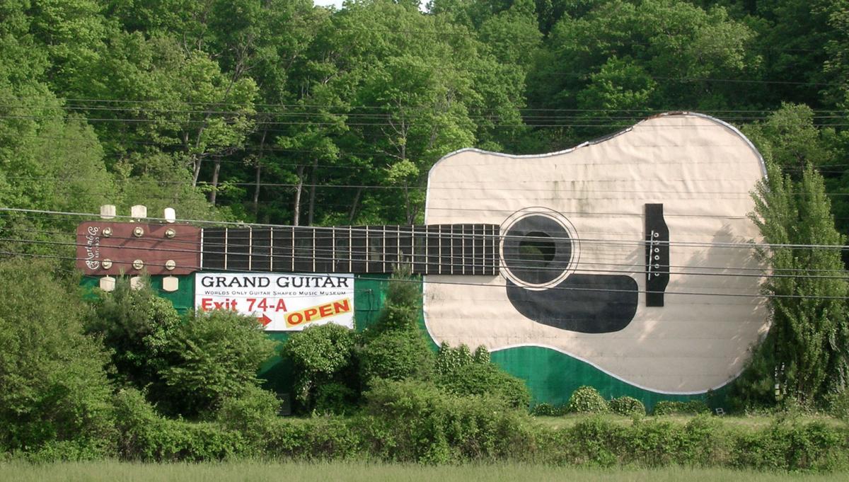 BHC 08182019 Bristol Grand Guitar 02