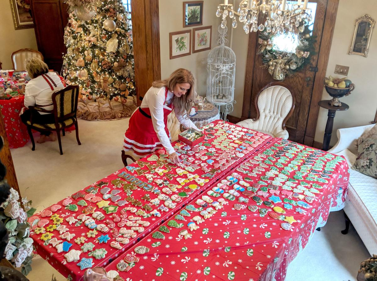 Bristol, Tennessee, woman has hosted Christmas cookie ...