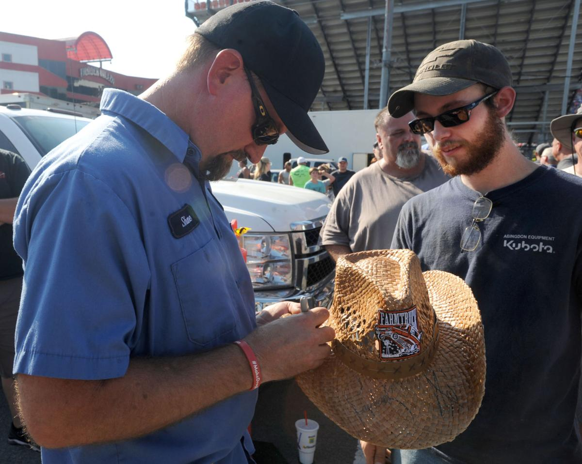Amazing turnout' greets taping of 'Street Outlaws' at