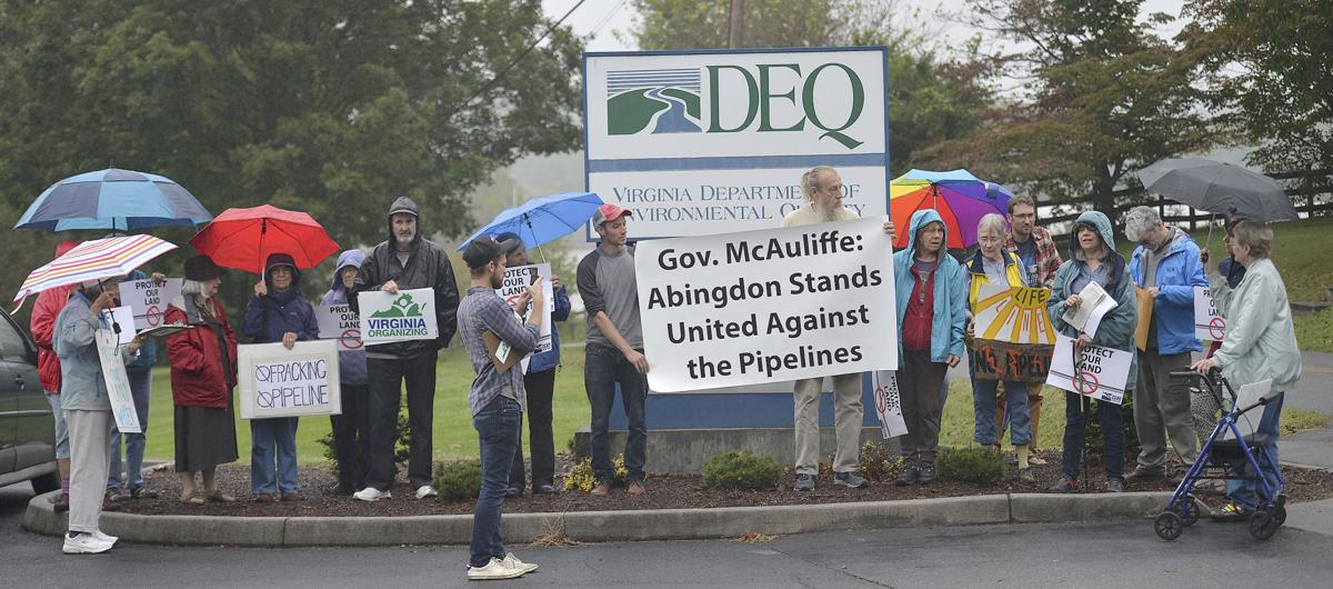 DEQ protest in Abingdon