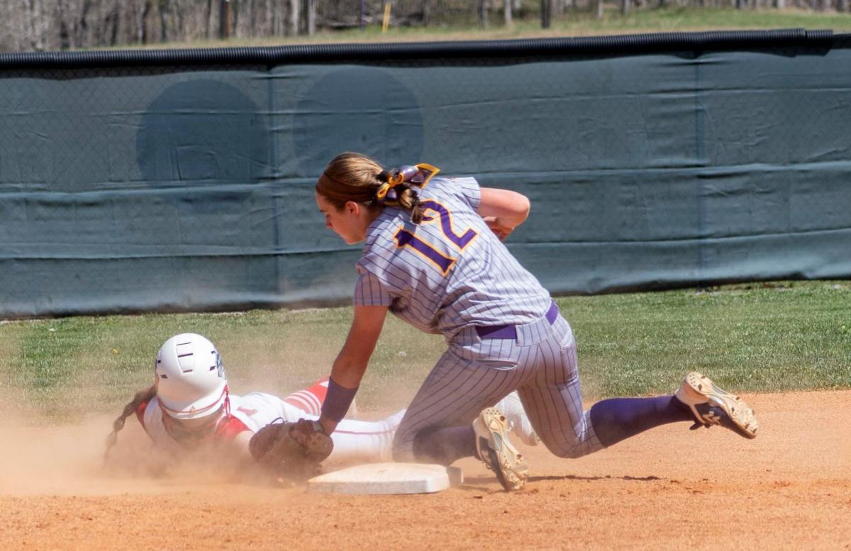 collins makes the out at 2nd vs davies2