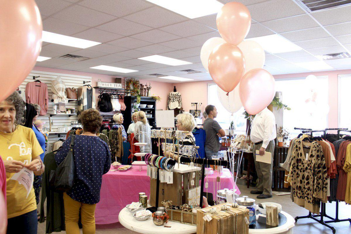 Chamber celebrates the new Izzie's Boutique and Gingerly Styled location