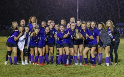 Lady Lyons win 5th District title