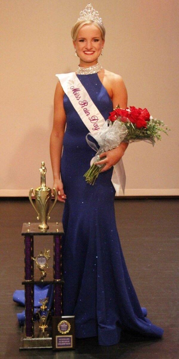 Mt. Morris teen crowned 2021 Miss Rain Day
