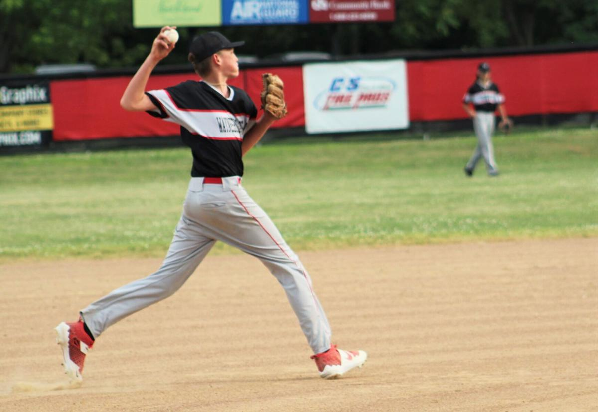 Switalski throws on the run