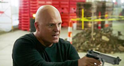Chiklis and Willis at odds on '10 Minutes Gone'
