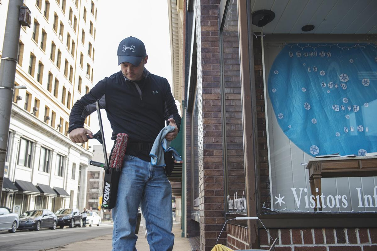 Uniontown window-cleaning business still shining after 65