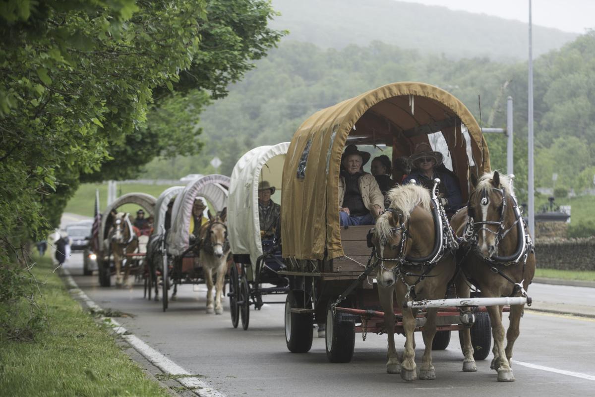 Wagon train moves into Hopwood