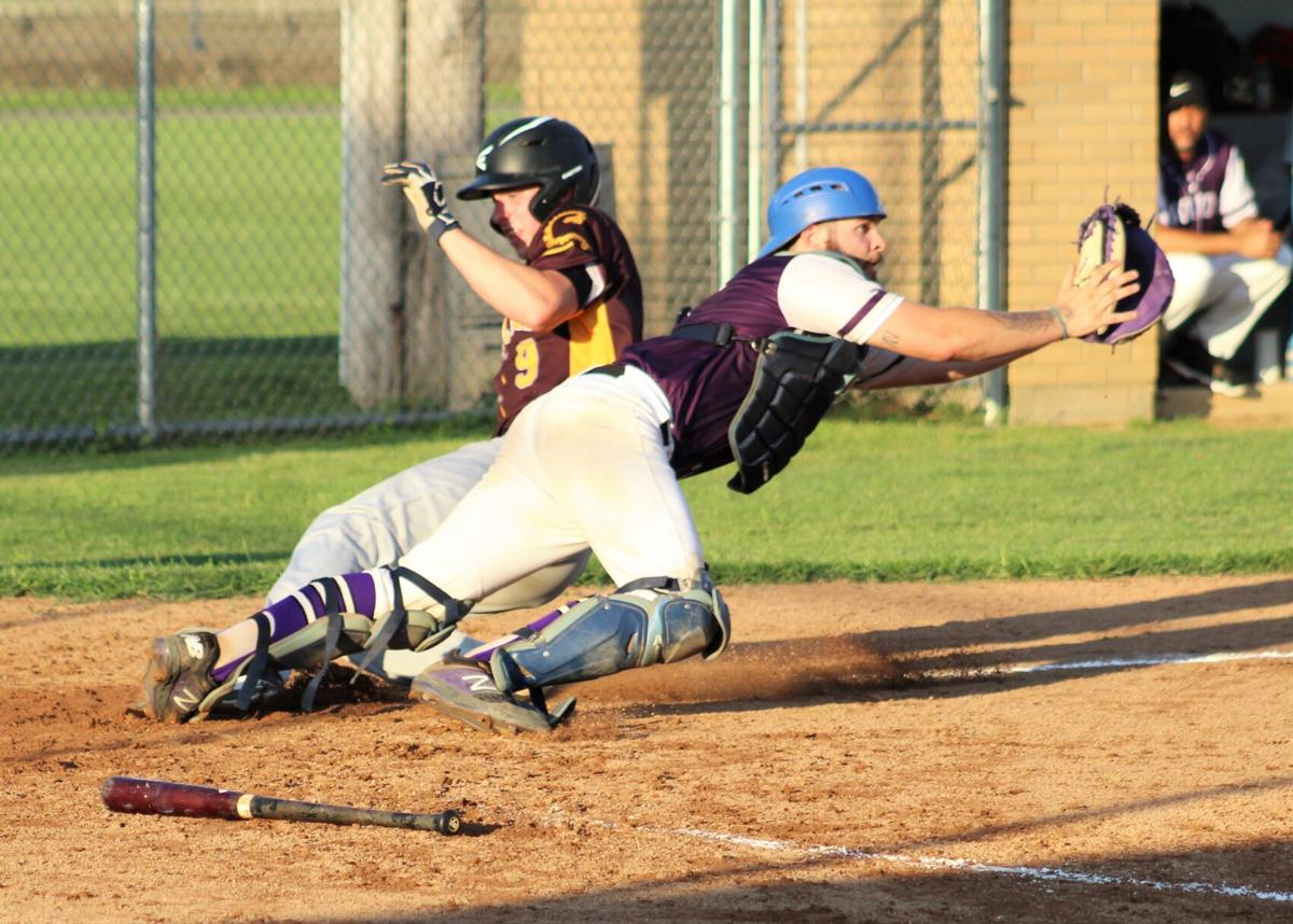 Gesk beats the throw to the plate