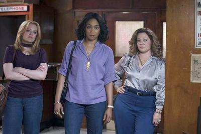Wives take control of gangster operations in 'The Kitchen'