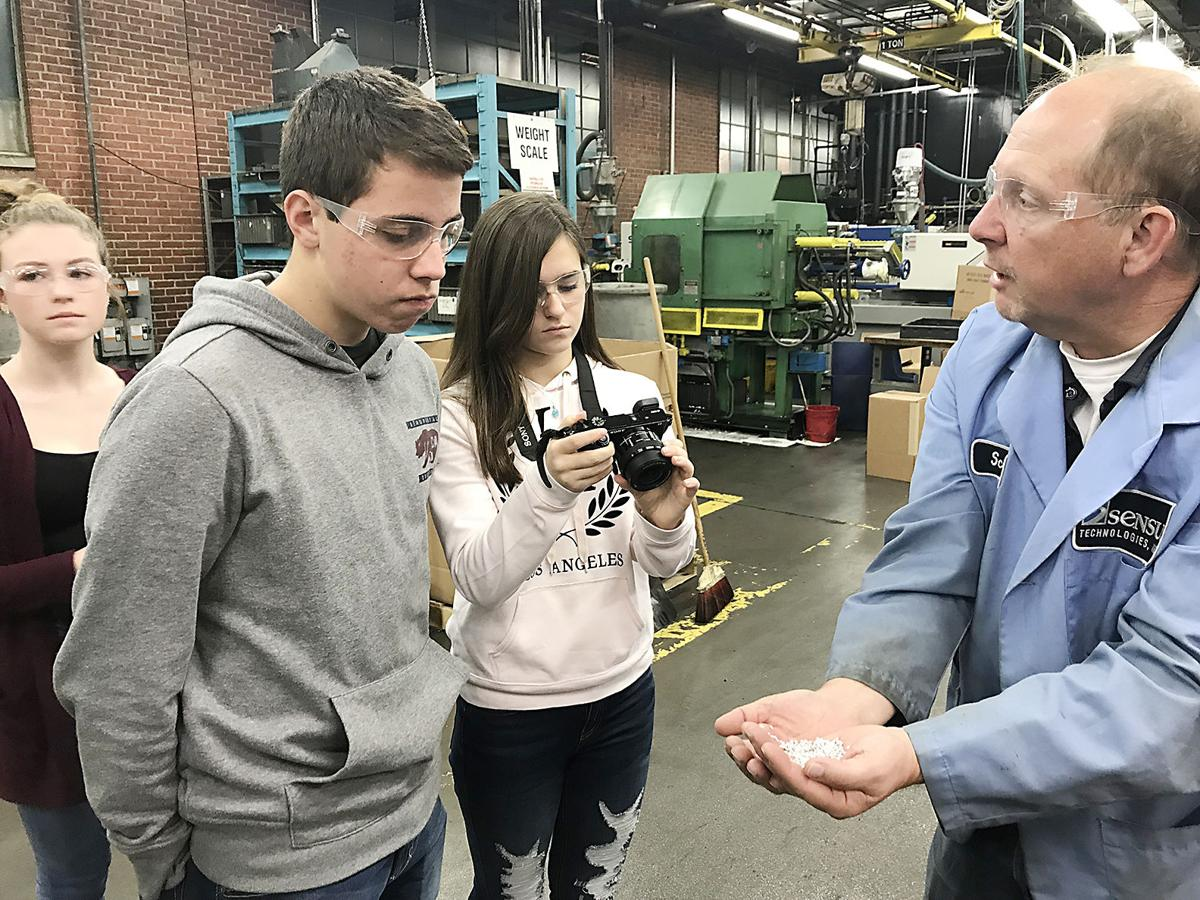 Students partner with manufacturers for video contest