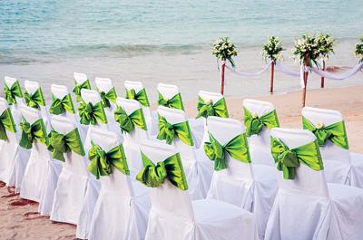Follow these steps for a successful destination wedding