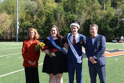 Scott, Dziak crowned WU Homecoming King and Queen