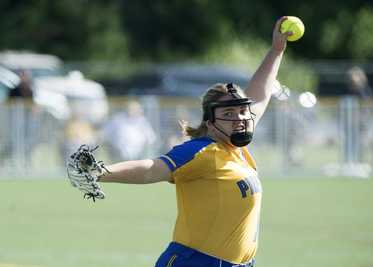 Renner rears back in the windup