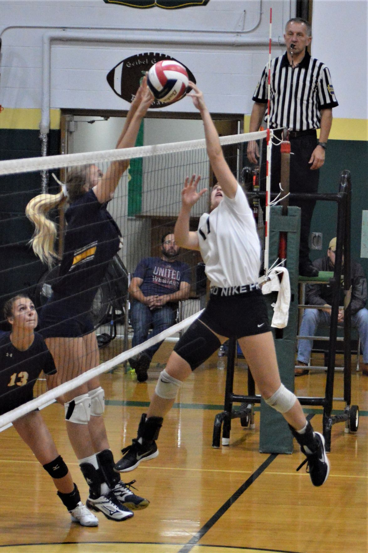 Battle at the net