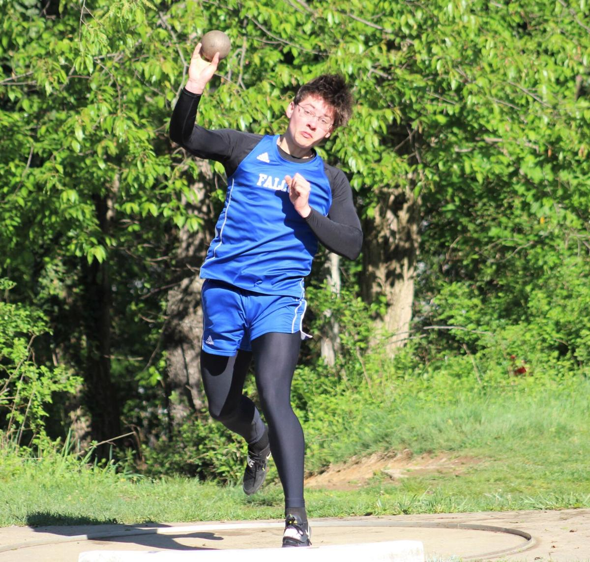 Reese releases the shot put