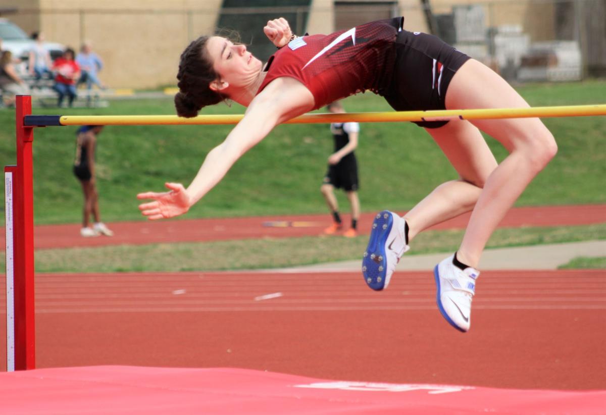 Echegaray breaks school record in high jump