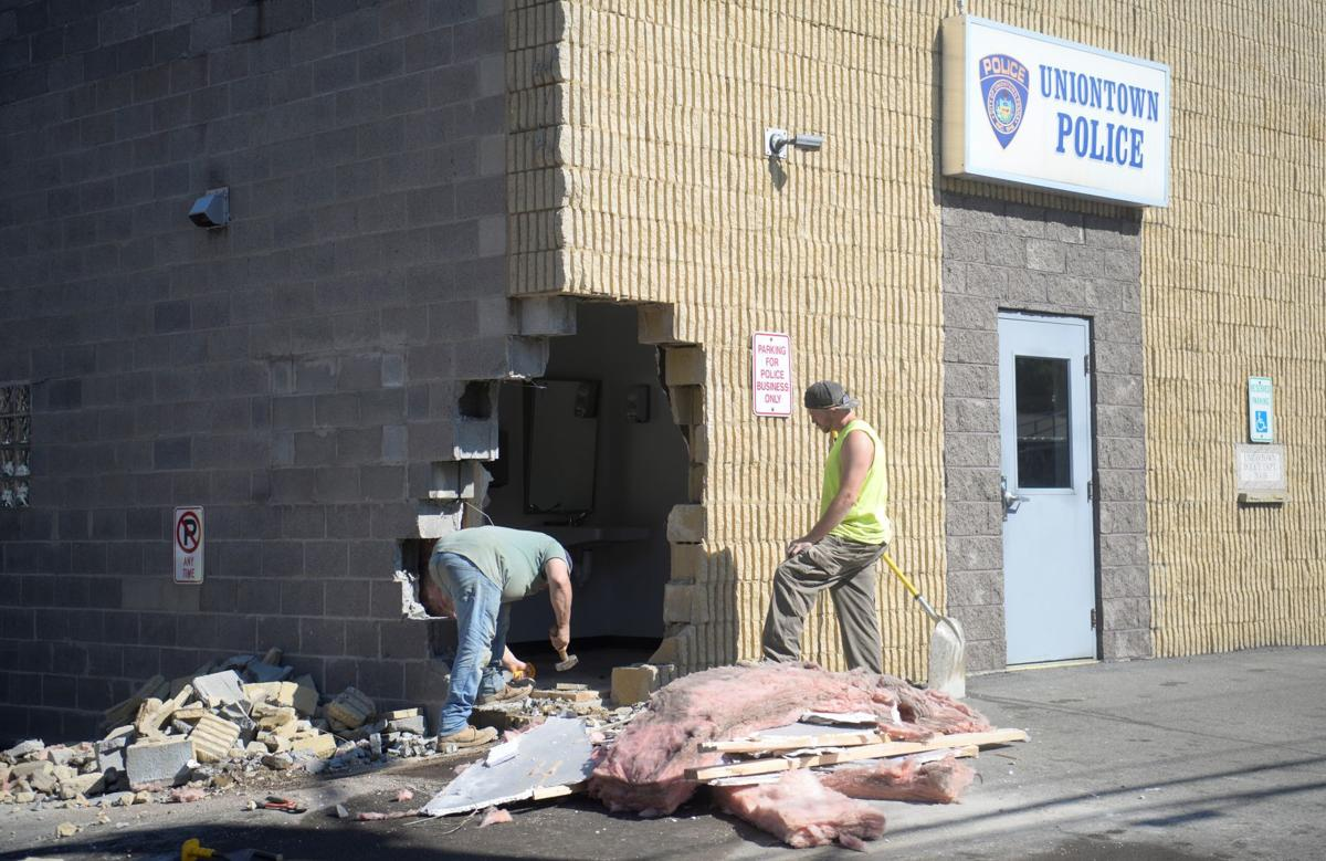 Garbage Truck Hits Uniontown City Police Station Damaging Building And Two Cars