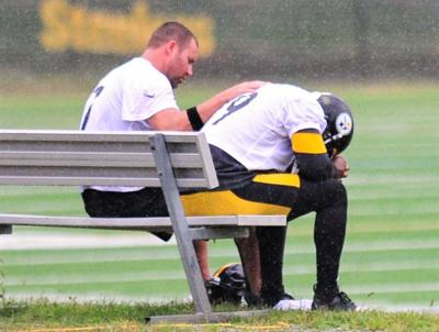 Roethlisberger consoles Smith-Schuster