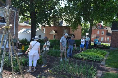 Garden tours draw crowds