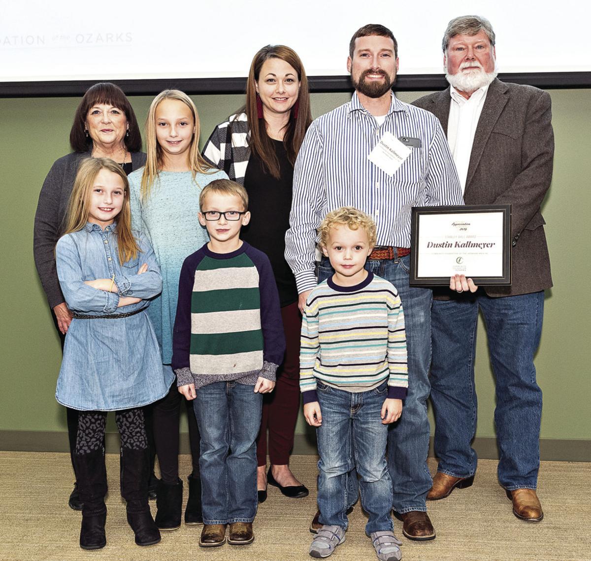 Kallmeyer receives community leadership award