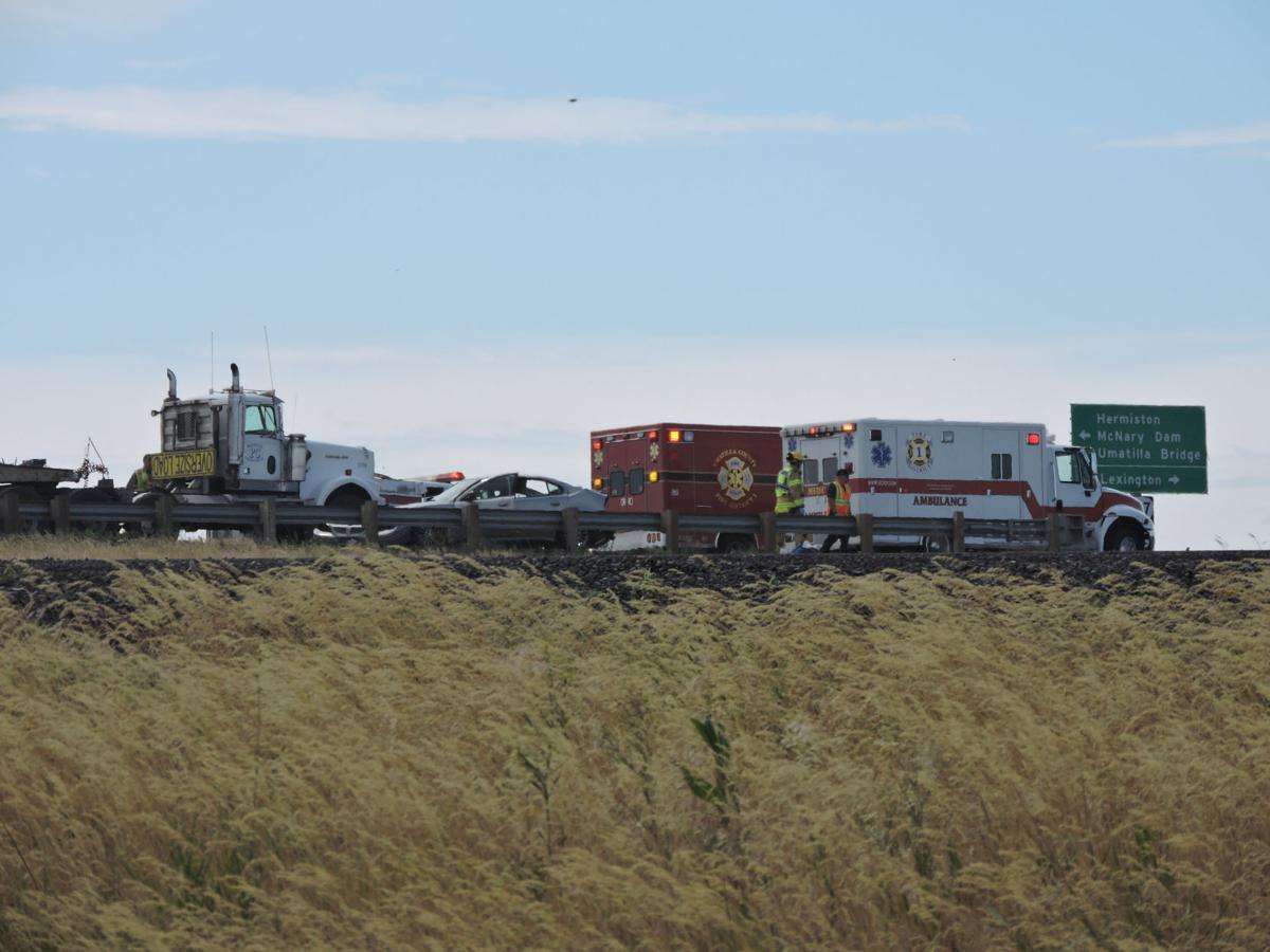 Crash shuts down Highway 207 overpass